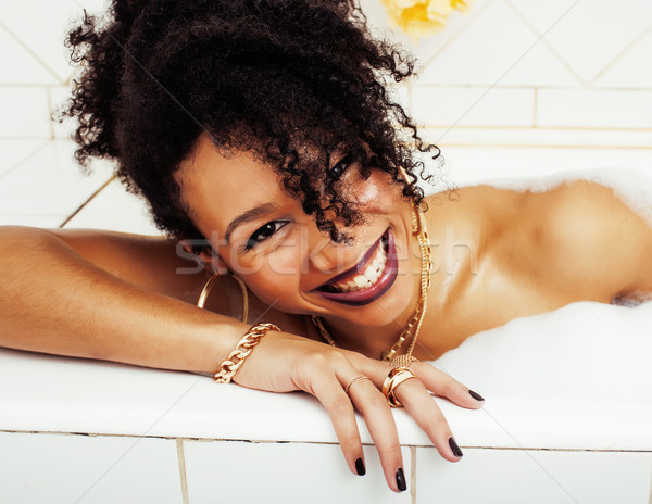 Jeunes adolescente bain mousse Photo stock © iordani