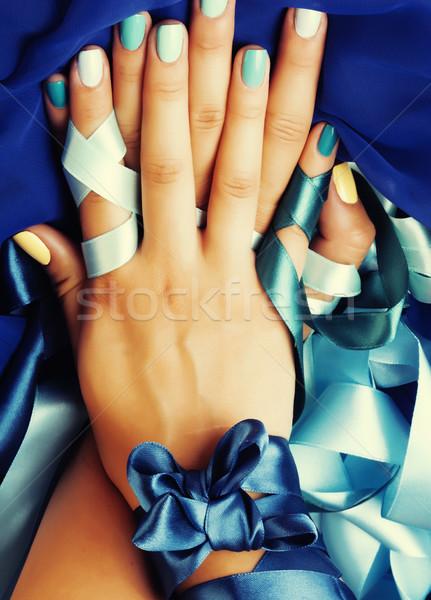 Bleu manucure ruban cadeau Photo stock © iordani