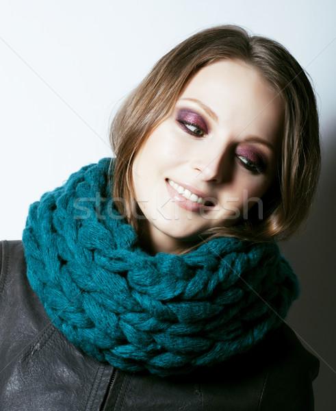 Jeunes joli réel femme chandail écharpe Photo stock © iordani
