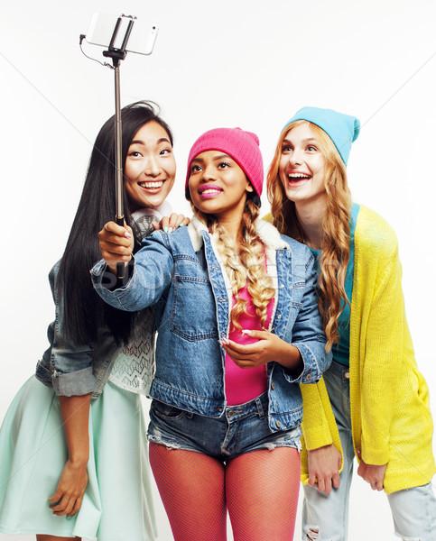Sokoldalú nemzet lányok csoport tini barátok Stock fotó © iordani