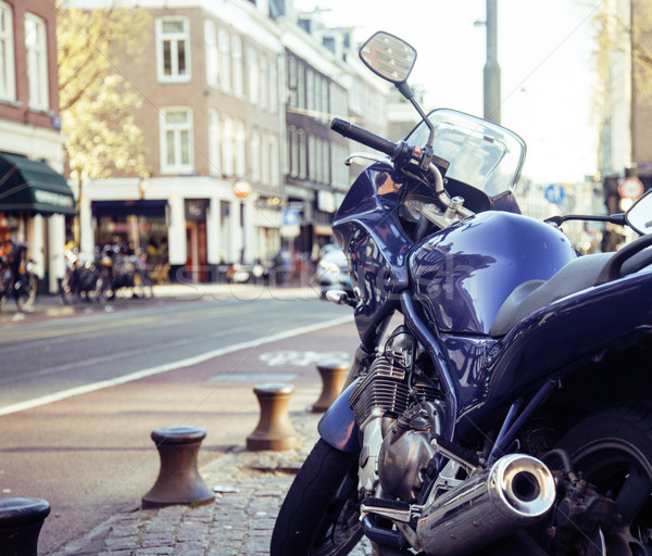 Stockfoto: Fiets · parkeren · europese · straat · lifestyle · niemand