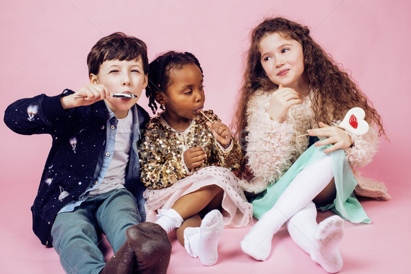 Lifestyle mensen natie kinderen spelen Stockfoto © iordani