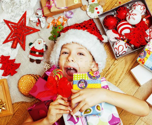 Mały cute dziecko czerwony hat wykonany ręcznie Zdjęcia stock © iordani