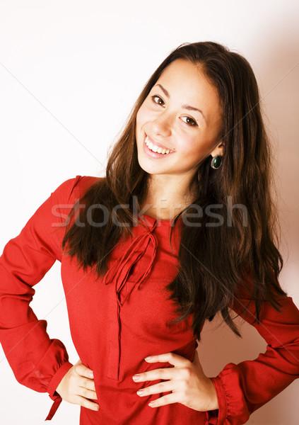Jonge mooie brunette vrouw glimlachen gelukkig witte Stockfoto © iordani