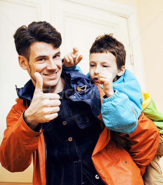 Jungen gut aussehend Vater-Sohn herum home Lifestyle Stock foto © iordani