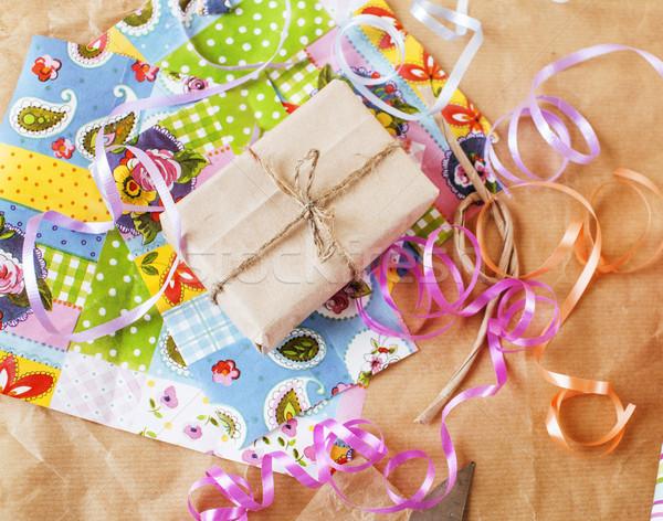 Stock fotó: Kézzel · készített · ajándékok · olló · szalag · papír · vidék