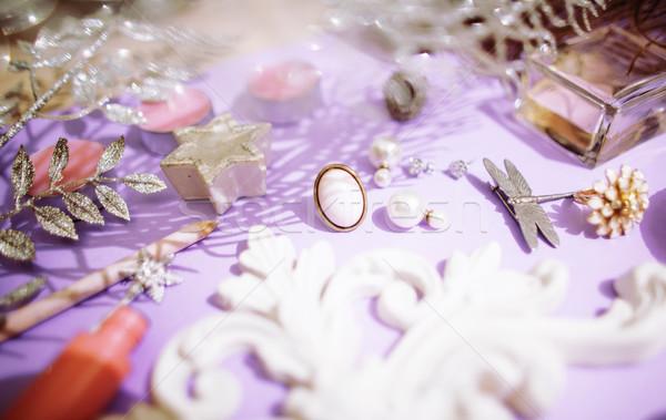 Сток-фото: ювелирные · таблице · девушки · мало · Mess · косметических