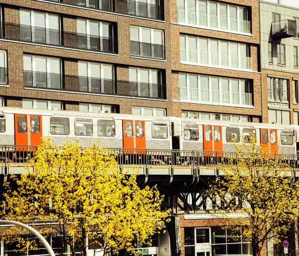 Ferrocarril tren ciudad vista vintage post Foto stock © iordani