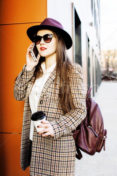 Młodych dość dziewczyna student filiżankę kawy Zdjęcia stock © iordani