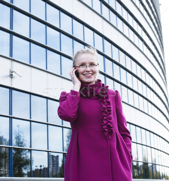 портрет довольно молодые деловой женщины очки говорить Сток-фото © iordani
