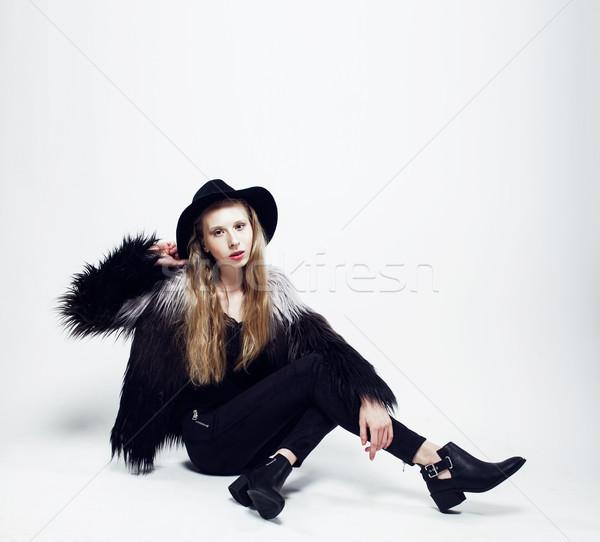 Genç genç kız şapka kürk moda Stok fotoğraf © iordani