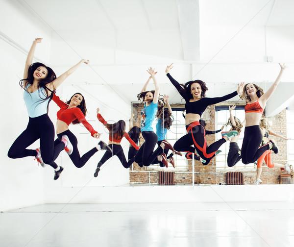 женщины спорт спортзал здравоохранения жизни люди Сток-фото © iordani
