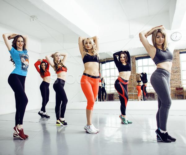 Mulheres esportes ginásio saúde estilo de vida pessoas Foto stock © iordani