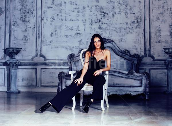 Bellezza giovani bruna donna lusso home Foto d'archivio © iordani