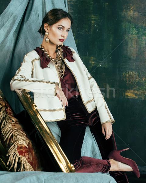 Belleza ricos morena mujer lujo interior Foto stock © iordani
