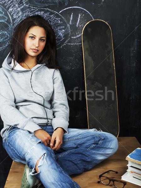 Genç sevimli genç kız sınıf tahta tablo Stok fotoğraf © iordani