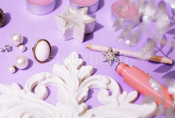 Foto stock: Jóias · tabela · menina · pequeno · bagunça · cosmético