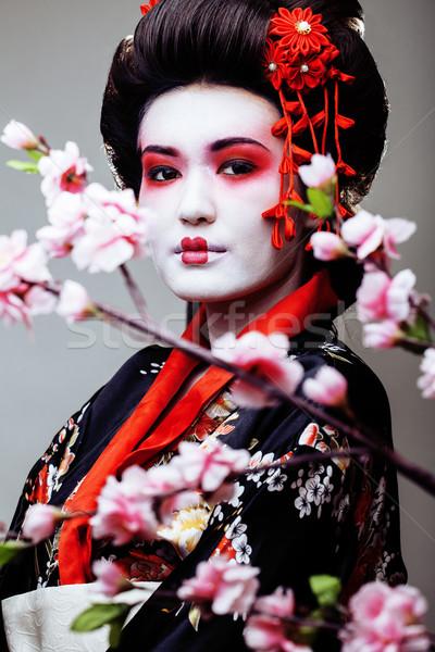 Jovem bastante gueixa quimono branco mulher Foto stock © iordani