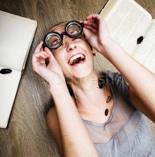 Retrato loco estudiante nina gafas libros Foto stock © iordani