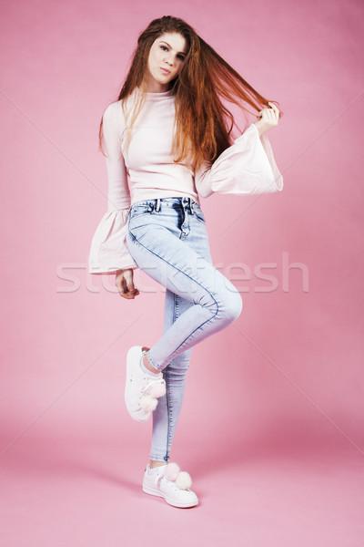 Giovani bella zenzero ragazza jumping Foto d'archivio © iordani