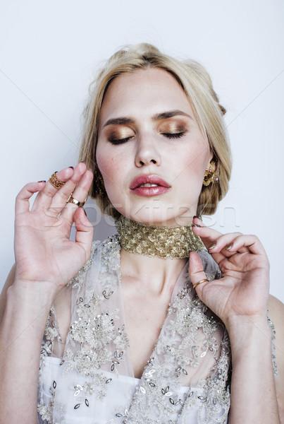 Jonge mooie blond vrouw luxe sieraden Stockfoto © iordani