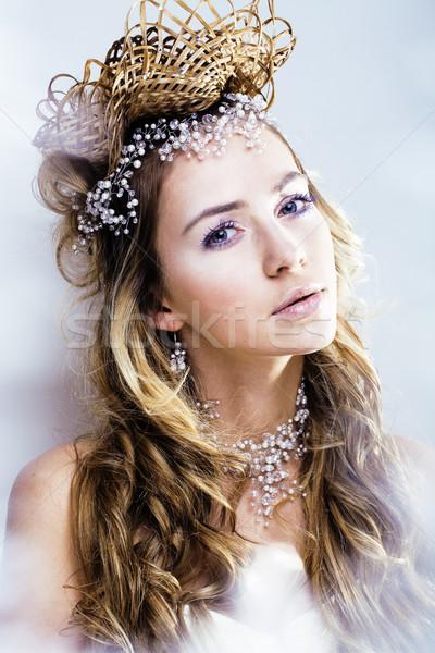 Schoonheid jonge sneeuw koningin haren kroon Stockfoto © iordani