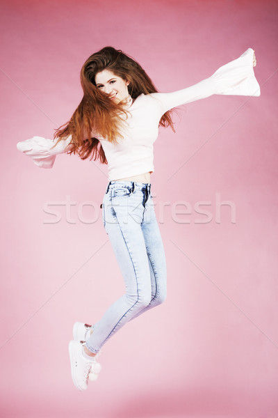 Jóvenes bastante jengibre nina saltar Foto stock © iordani