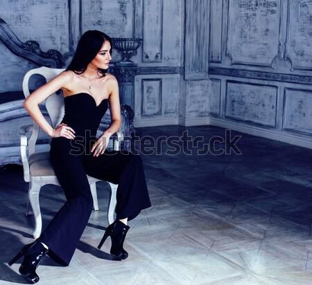 Belleza jóvenes morena mujer lujo casa Foto stock © iordani