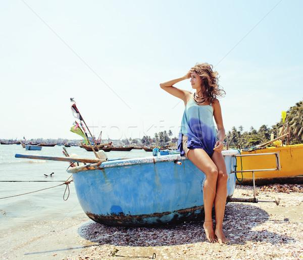 Sevimli gülen genç gerçek kadın Asya Stok fotoğraf © iordani