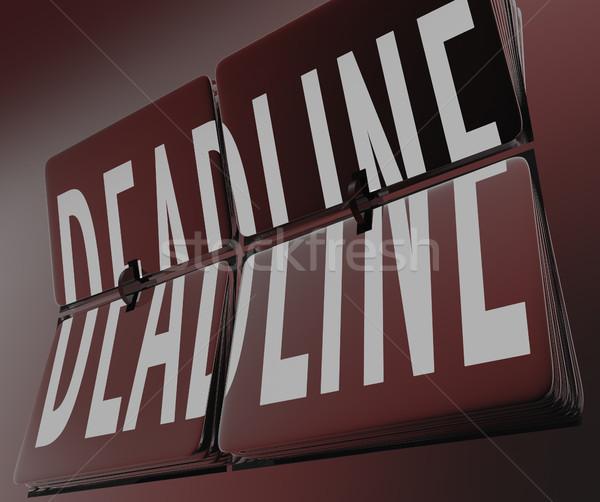 Prazo de entrega palavra relógio azulejos contagem regressiva tempo Foto stock © iqoncept