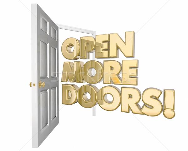 Foto stock: Abierto · más · puertas · nuevos · palabra