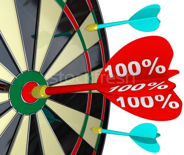 100 procent dart perfect partituur Stockfoto © iqoncept
