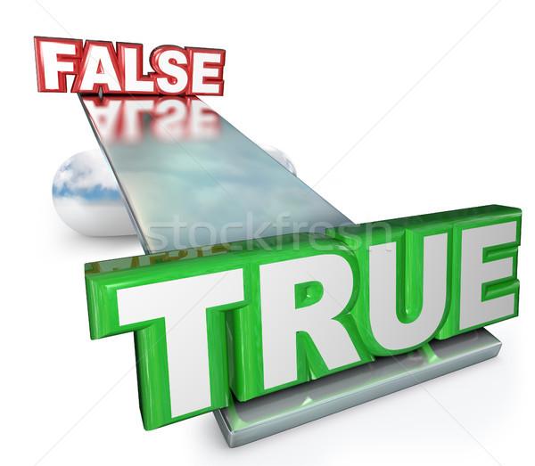 Vs falso verdad mentiras equilibrio Foto stock © iqoncept