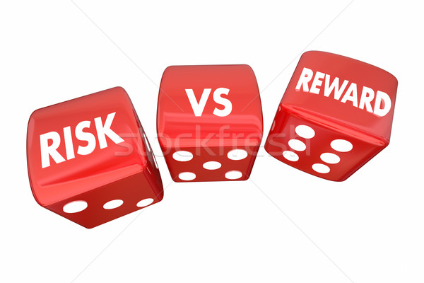 Riesgo vs recompensar dados roi palabras Foto stock © iqoncept