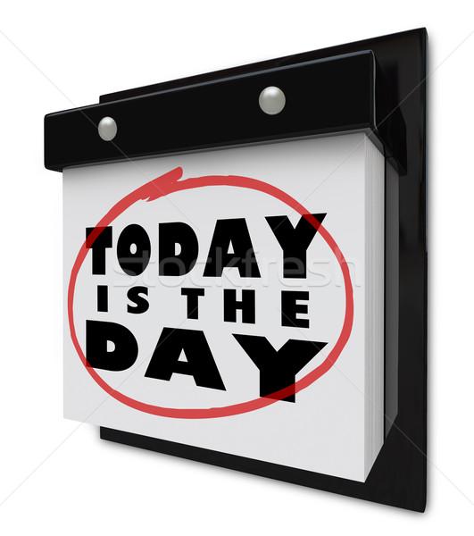 Ma nap fal naptár oldalak szavak Stock fotó © iqoncept