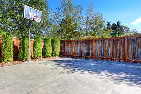 Basketbol sahası beton zemin ahşap çit Stok fotoğraf © iriana88w
