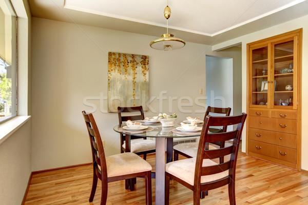 Eetkamer tabel hardhout groene muur platen Stockfoto © iriana88w