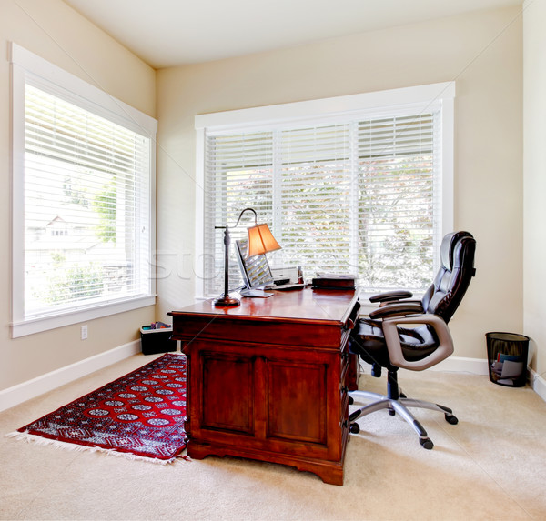 Otthoni iroda mahagóni asztal szék otthon klasszikus Stock fotó © iriana88w