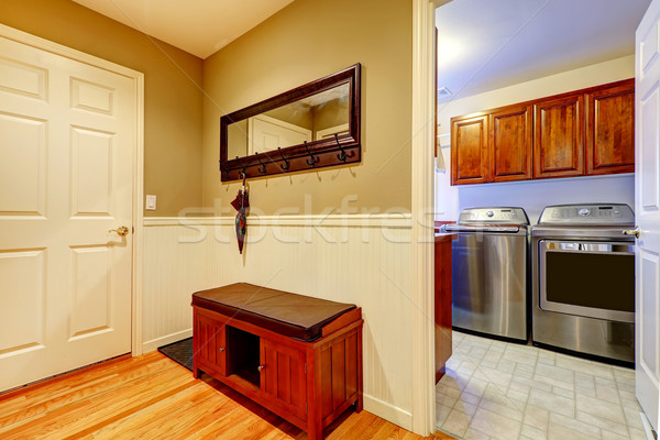 Pasillo lavandería interior entrada espejo almacenamiento Foto stock © iriana88w