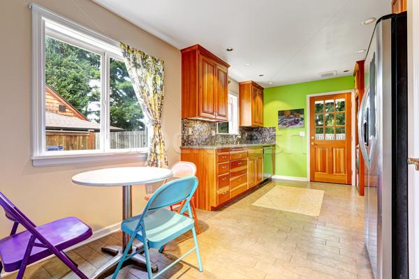 Konyha szoba fényes zöld fal konyha belső Stock fotó © iriana88w