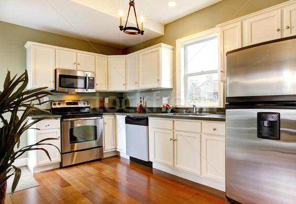 Klassiek witte groene nieuwe keuken kers Stockfoto © iriana88w