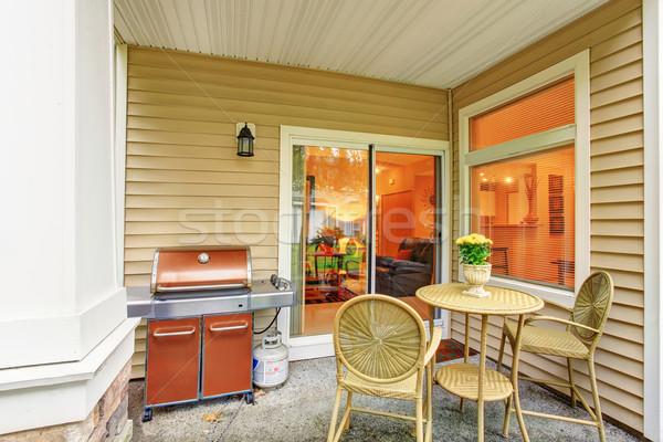 Modernes Retour patio verre porte fenêtre Photo stock © iriana88w