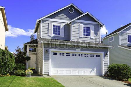 Nouvelle maison externe typique développement Photo stock © iriana88w