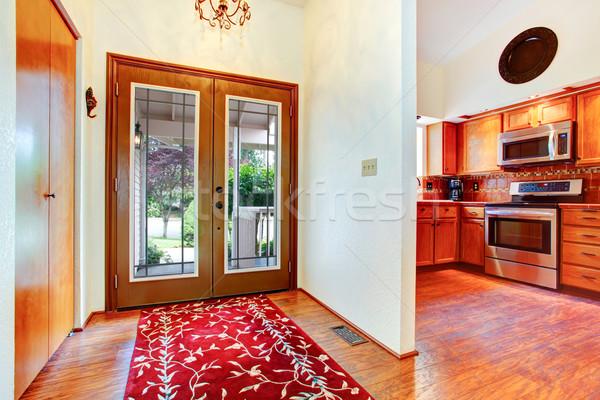 Wejście korytarzu szkła drzwi drewnianej podłogi Zdjęcia stock © iriana88w
