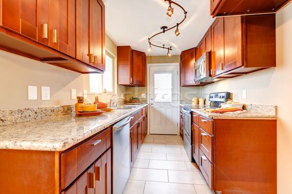 Foto stock: Novo · cereja · madeira · americano · interior · da · cozinha · casa