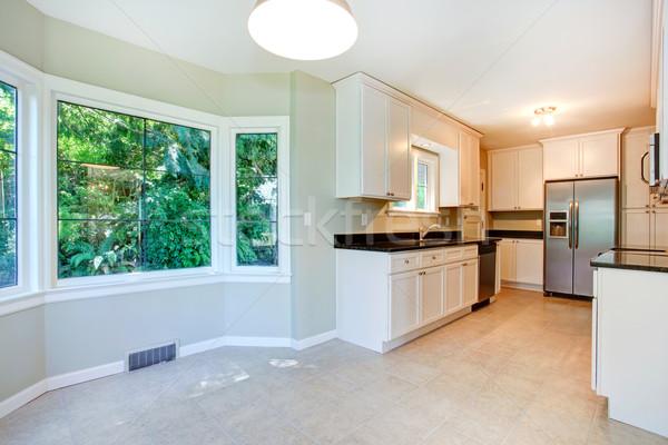 Keuken interieur lege dining hoek heldere eetkamer Stockfoto © iriana88w