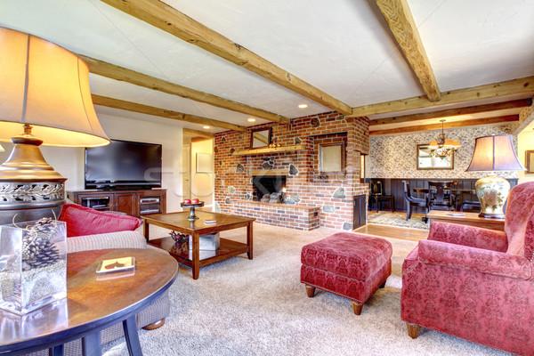 Сток-фото: гостиной · интерьер · кирпичных · камин · древесины · красный