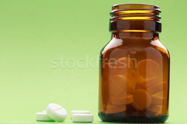ボトル 錠剤 緑 薬 医療 健康 ストックフォト © ironstealth