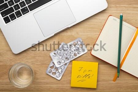 Stress travail portable téléphone portable pilules verre Photo stock © ironstealth
