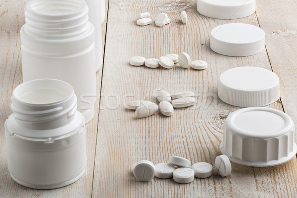 Különböző fehér műanyag tabletta üvegek halom Stock fotó © ironstealth
